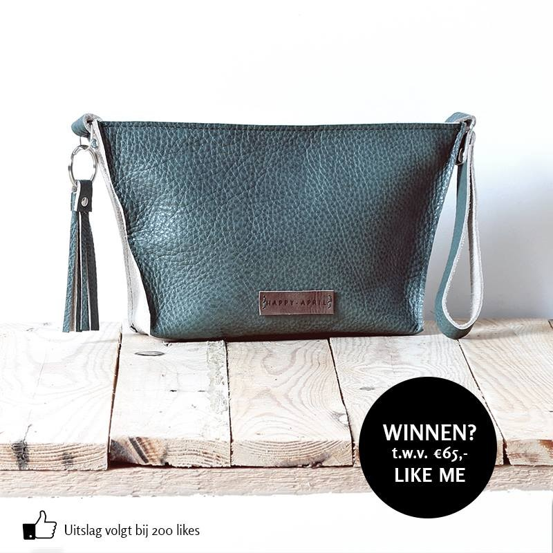6 Happy - April tas like and win actie Facebook